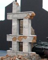 "Ruined Small Concrete/Brick Building w/Windows (6""x6""x8"") 1-35 Dioramas Plus"