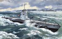 U-Boat Type IIB German Submarine 1939 1/144 ICM Models