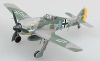 Fw-190A8 Bule 4 12/JG5 Bardufoss Airfield 1944 (Built-Up Plastic) 1/72 Easy Model