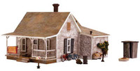 Built-N-Ready Old Homestead House HO Scale Woodland Scenics