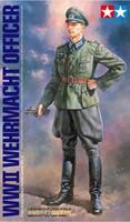 WWII Wehrmacht Officer 1/16 Tamiya