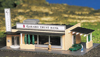 Drive-In Bank w/Figures Building Built-Up N Bachmann Trains