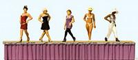 Models on the Catwalk (5) HO Preiser Models