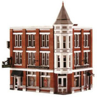 Built 'N' Ready Davenport Department Store N Scale Woodland Scenics