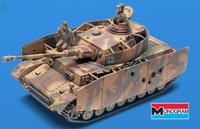 Panzer IV Tank w/ 2 Crew (SSP) 1/32 Revell Monogram