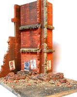 "Stalingrad Shakedown Ruined Walls, Rebar, Rubble w/Base (8""x10"") 1/35 Dioramas Plus"