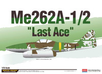Me 262A-1/2 Last Ace Fighter/Bomber (Special Edition) 1/72 Academy