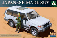 Japanese-Made SUV w/Figure 1/35 Takom