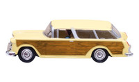 Just Plug: Station Wagon Lighted Vehicle HO Scale Woodland Scenics