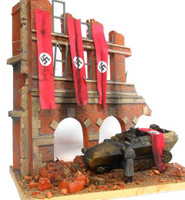 "Fall of Berlin 1945 German Street Scene Ruined Building Front w/Base (8""x10"") 1/35 Dioramas Plus"