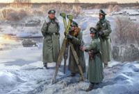 WWII German Headquarters Crew Winter (Snap) 1/72 Zvezda