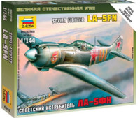 Soviet La5FN Fighter (Snap) 1/144 Zvezda