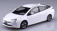 Toyota Prius Car (Snap Molded in White) 1/32 Aoshima