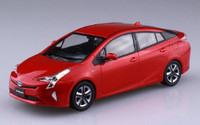 Toyota Prius Car (Snap Molded in Red) 1/32 Aoshima