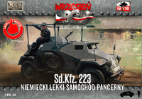 WWII SdKfz 223 German Light Armored Car 1/72 First To Fight Models