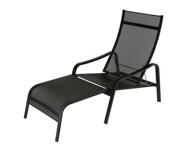 Alize deck chair combines our popular Alize armchair with a removable ottoman.