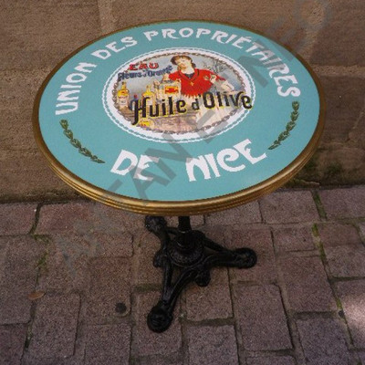 "24"" Enamel Table with 3 prong base---Union Des Properietaires"