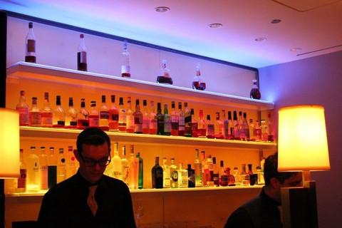 Led Bar Shelves Amp Liquor Bottle Displays Liquorshelves Com