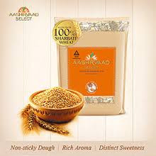 Premium quality atta, made from 100% MP 'Sharbati' wheat.  Aashirvaad Select atta is made from 100% MP Sharbati wheat that is harvested exclusively in 7 districts of Madhya Pradesh. Here, the golden fields are sun-kissed to perfection and showered by the right amount of rain. This is why each grain has a golden sheen and is heavier in feel. Aashirvaad Select is prepared to give you the finest, softest and fluffiest rotis you have ever tasted. The best of nature, with every bite!