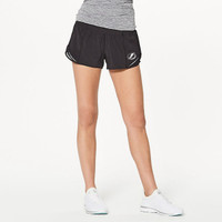 Women's Tampa Bay Lightning lululemon Hotty Hot Short II 2.5""