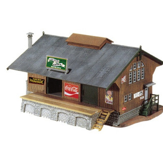 775 Model Power HO Built-Up 40's Era Railroad Depot, Lighted
