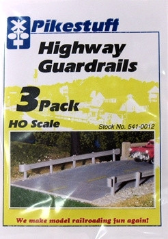 541-0012 HO Pikestuff Highway Guardrails (3)