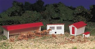 45152 HO Bachmann Farm Buildings w/Animals Kit