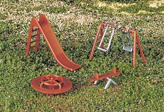 42214 Bachmann HO Playground Equipment
