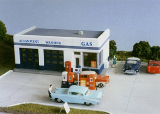 108c City Classics Crafton Ave. Gas Station Kit