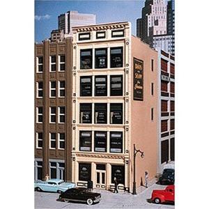 102 HO City Classics 102 Penn Ave. Tile Front Building Kit