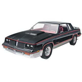 85-4317 Revell '83 Hurst Oldsmobile 1/25 Scale Plastic Model Kit