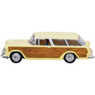 JP5599 HO Scale Woodland Scenics Station Wagon Just Plug Lighting System Vehicle
