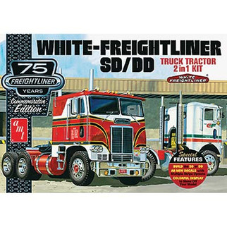 AMT1046 AMT  White-Freightliner SD/DD Truck Tractor 2 in 1 Plastic Model Kit