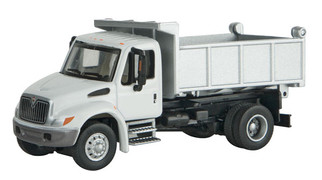 949-11635 HO Scale Walthers SceneMaster International 4300 Single-Axle Dump Truck-White w/ Railroad Decal