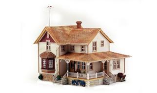 BR5046 HO Woodland Scenics Corner Porch House