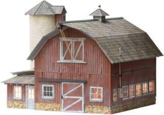 BR5865 O Scale Woodland Scenics Old Weathered Barn