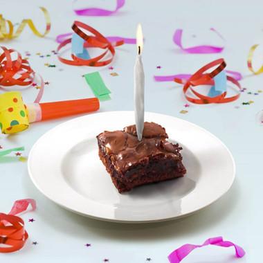 LIT! BIRTHDAY CANDLES