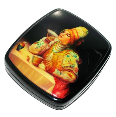"Fedoskino Lacquer Box ""Russian Tea"" Main View"