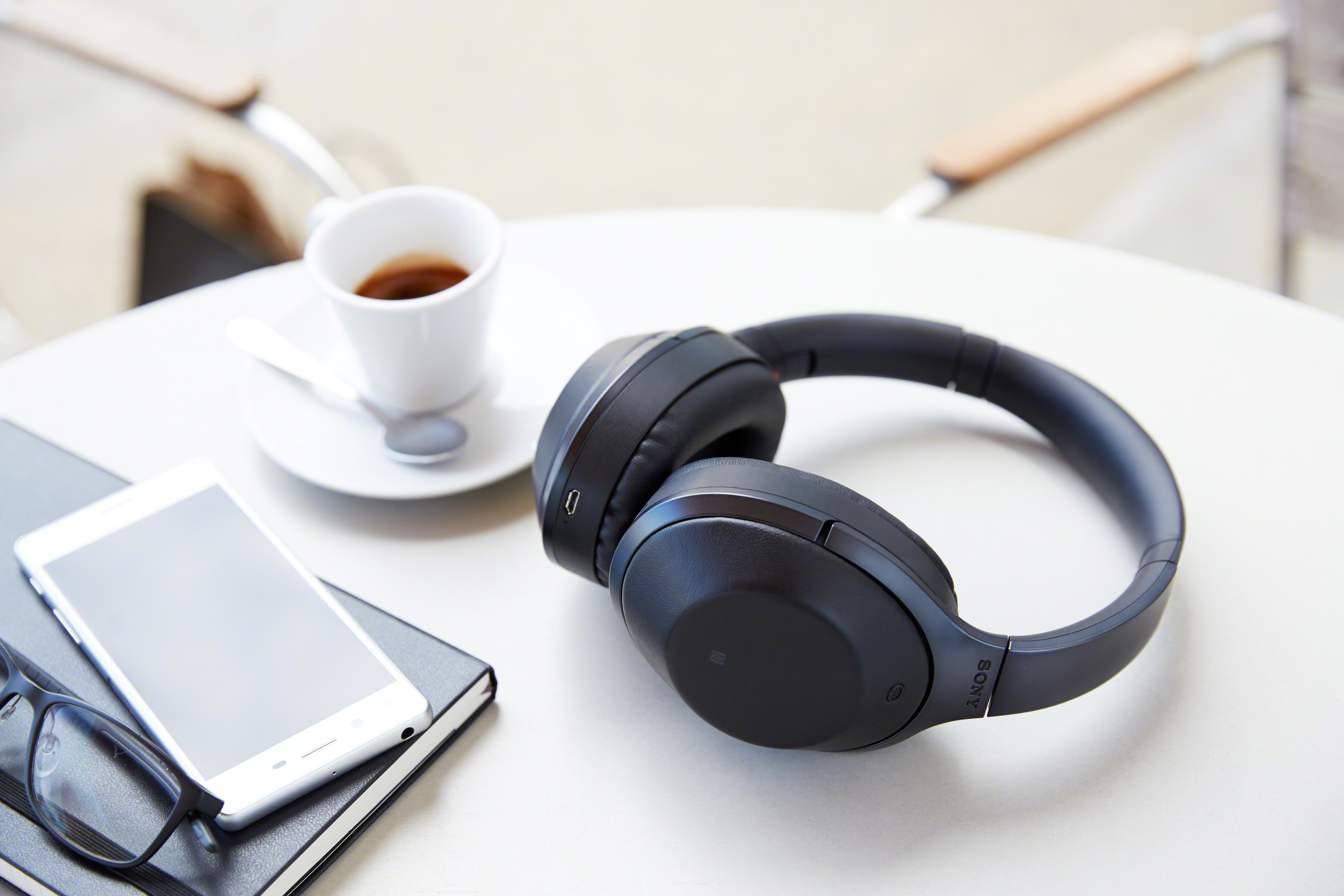 Spoil Your Audio Lover With A New Listening Experience Earphone Sony Xb80bs Extra Bass Sports Bluetooth Mdr 1000x B Wireless Noise Cancelling Hi Fi Headphones