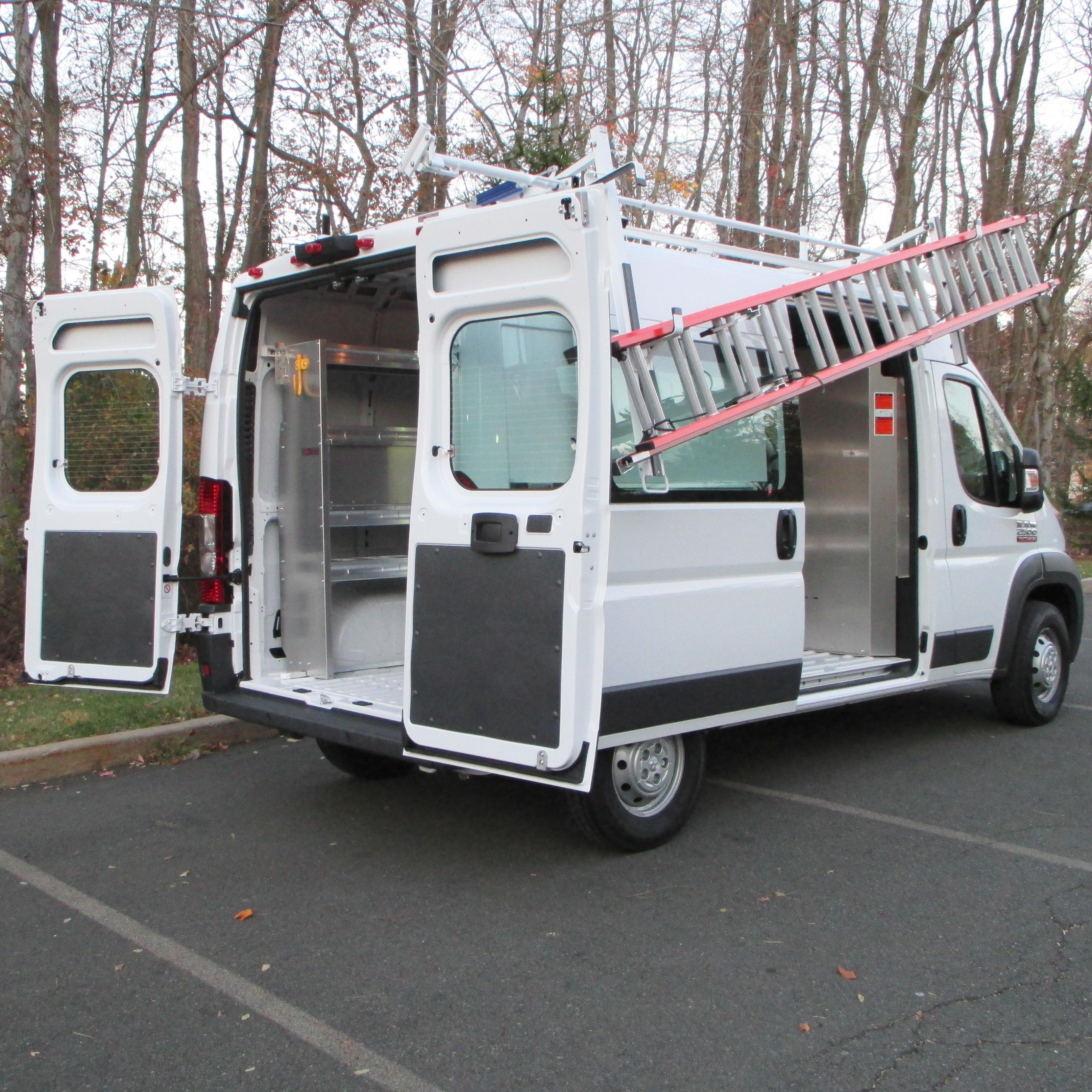 10 Ford Transit 15str Minibus: Commercial Van Shelving
