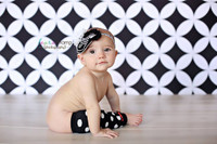 Black And White Photo Backdrop - Retro Wallpaper Childrens Photo Prop - Vinyl or Poly - Item 1734