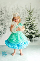 Christmas Tree Backdrop - Snow Trees Backdrop - Holiday Forest Photo Background - Item 2147
