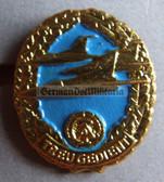 om963 - 3 - NVA LSK Air Force Reservist badge in box