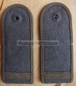 sbfdx002 - 20 - FELDDIENST GEFREITER - from early 1970's - all branches of the army and border guards - pair of shoulder boards