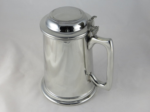 Crafted Cup's 38oz lidded tankard