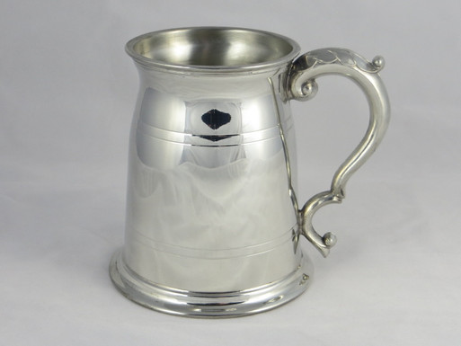 Old London one pint pewter tankard front