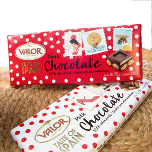 Valor Dark Chocolate with Almonds 'Taste of Spain'