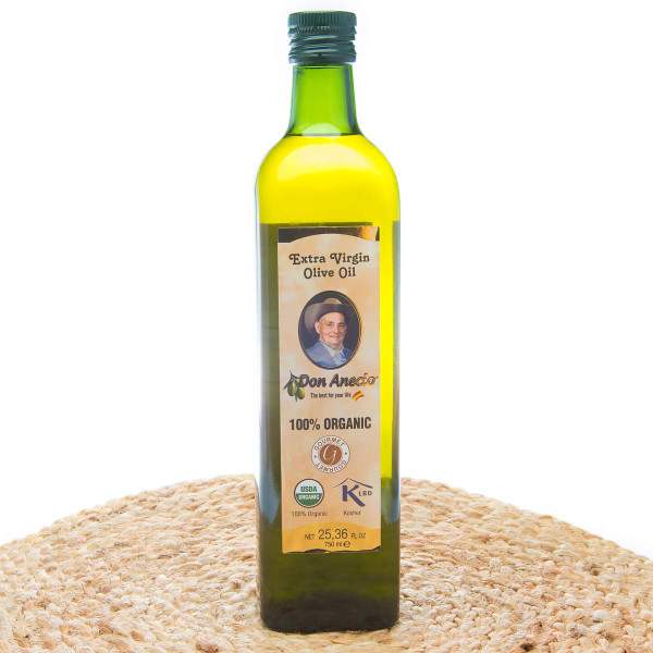Organic Extra Virgin Olive Oil by Don Anecio-front