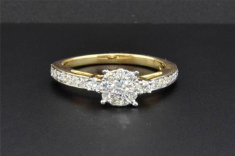 3 Stone Diamond Engagement Ring 14K Yellow Gold Round Cut 1/2 Ct