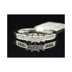 Ladies 14K White Gold Princess Cut 3 Stone Diamond Engagement Ring Bridal Set